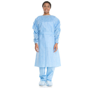 HALYARD* Tri-Layer AAMI2 Isolation Gown